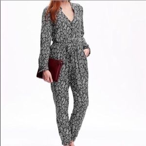 Old navy floral long sleeves jumpsuit